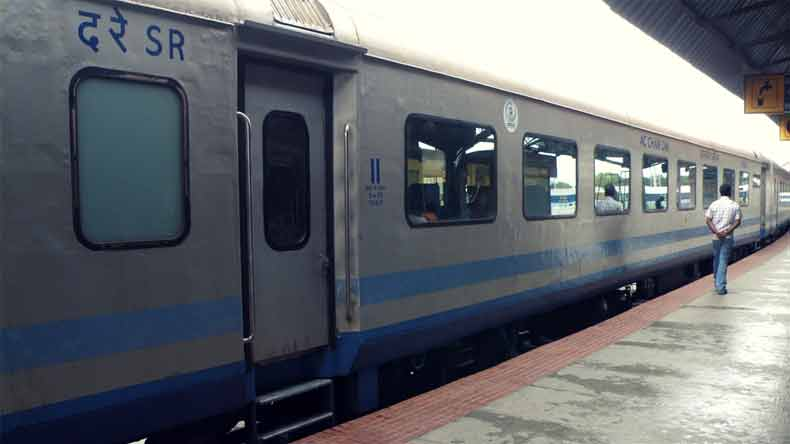 no more overpriced food in trains as ministry of railways issues