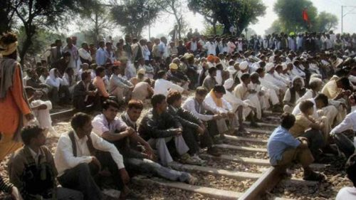 Protestors disrupt train movement in South 24 Parganas of Bengal