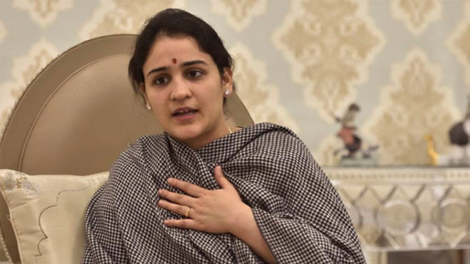 Akhilesh should step down as Samajwadi Party chief, says Aparna Yadav