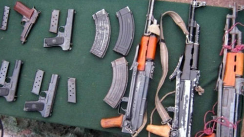 Two Kashmiris nabbed, bombs and arms seized in Bengal