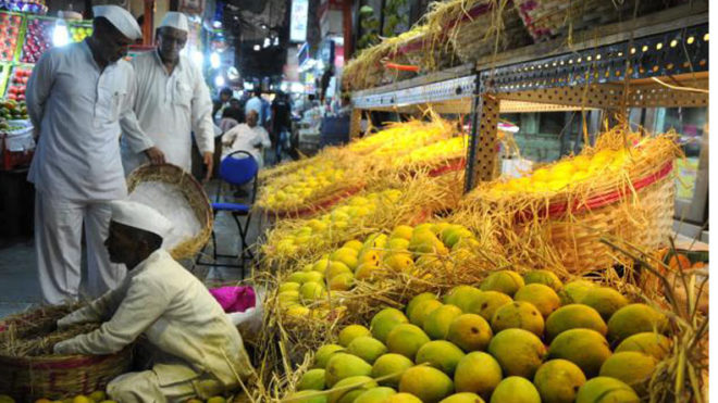 Sandstorm snuffs business dreams of UP's mango exporters