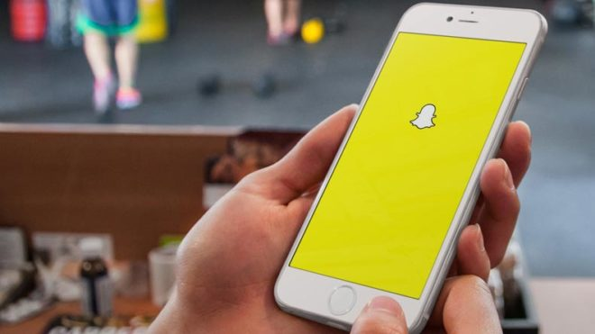 Snapchat-reports-mere-166-mn-daily-users,-growth-nosedives