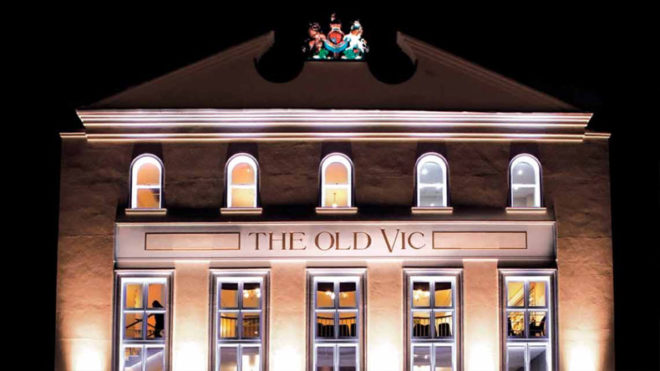 London: Around 1,000 people evacuated from The Old Vic theatre after bomb alert