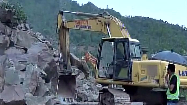 Third batch of Amarnath Yatra halted after landslide, heavy rainfall