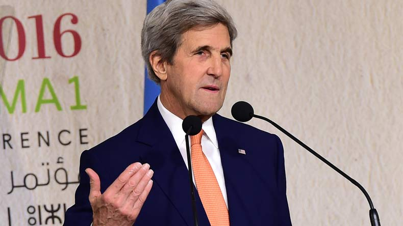 John Kerry Blasts Trump Administration for Paris Move