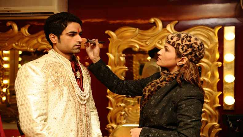 Once 'parlour waali', we're now called make-up artistes: Aashmeen Munjal