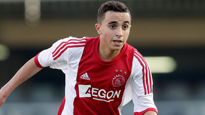 Ajax player Abdelhak Nouri collapses during football friendly