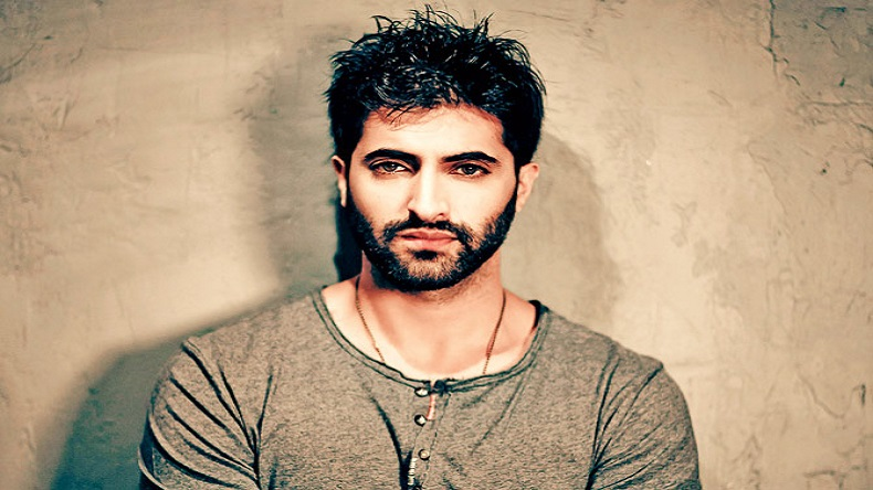 Akshay Oberoi has no restrictions working in any medium