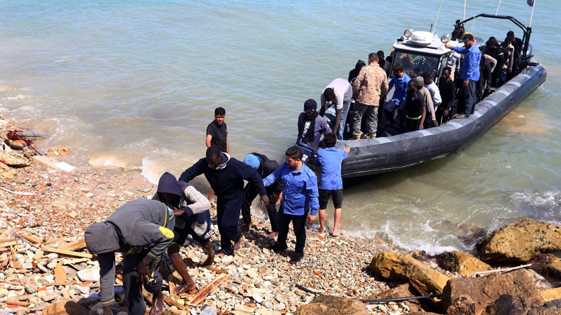 Rescue ship arrives in Sicily with 245 migrants, 13 corpses