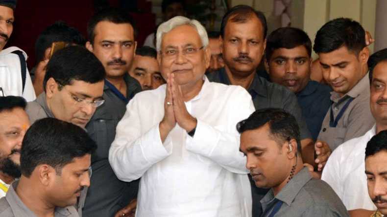 Nitish Kumar hits out at RJD, says 'want to serve the people, not one family'