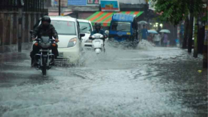 Heavy rains block link roads in Uttarakhand