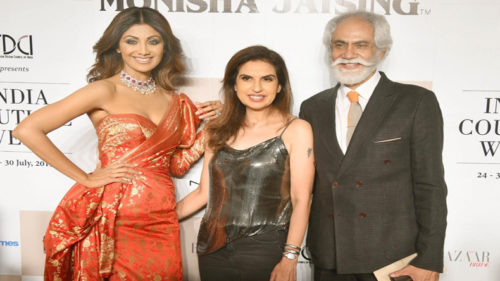 A tale through pictures: Shilpa Shetty walks for Monisha Jaising at ICW 2017