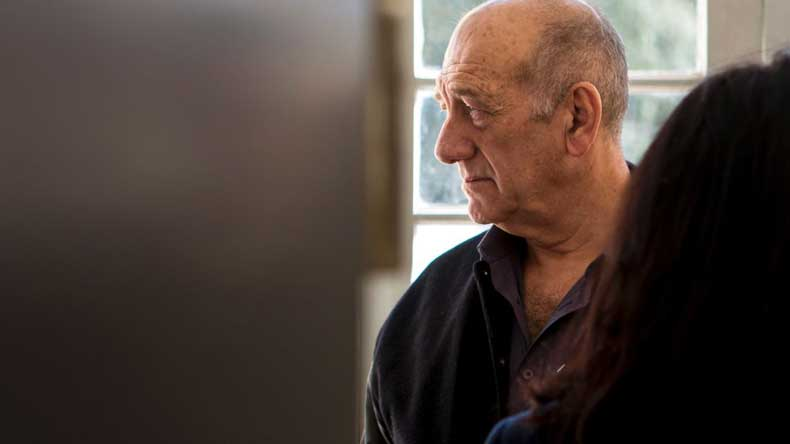 Israeli Ex-Prime Minister Olmert Released After 16 Months in Jail