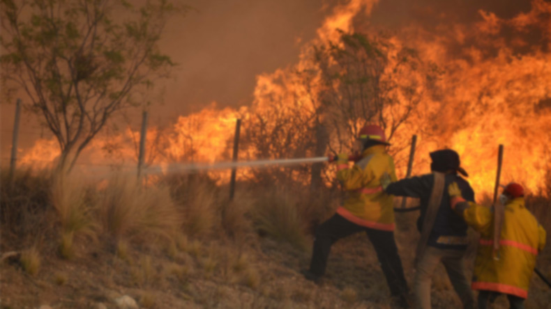 12 ghastly wildfires active in Portugal