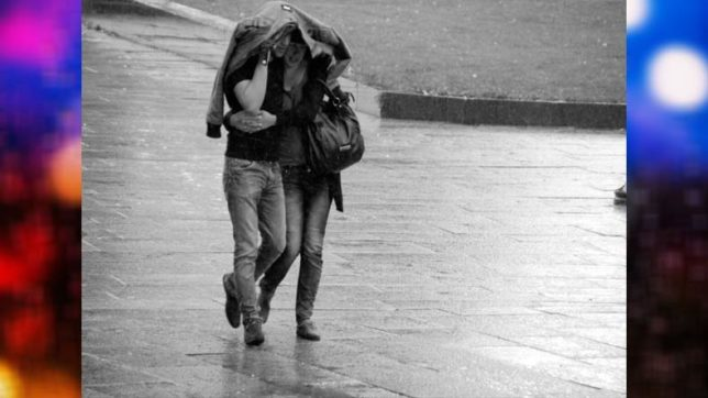Celebrate the magic of the monsoons with these 5 romantic melodies