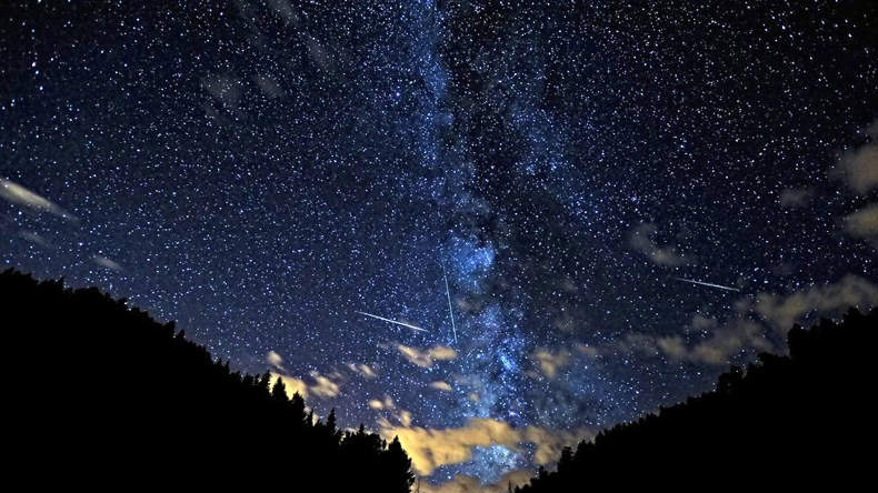 Look up: Irish people will see shooting stars tonight