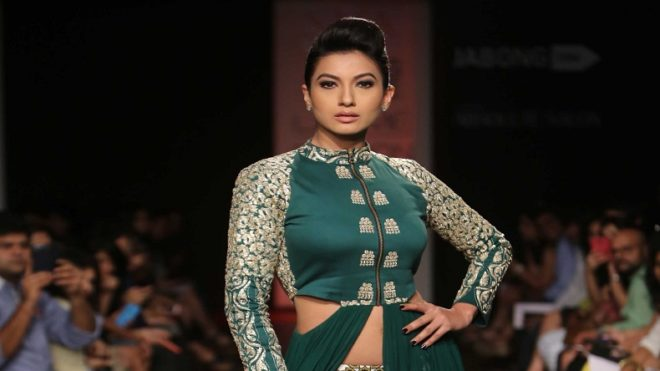Gauhar Khan flanked by fans on her birthday