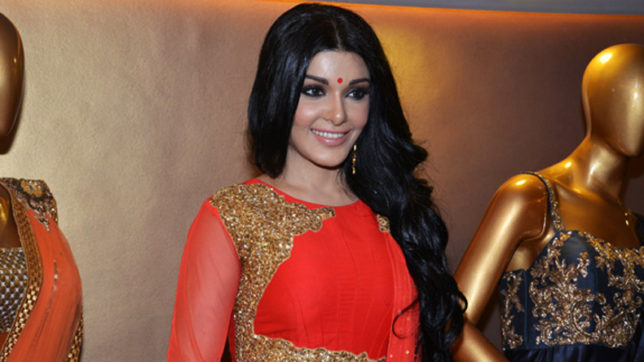 Actress Koena Mitra; harassed on phone, lodges police complaint