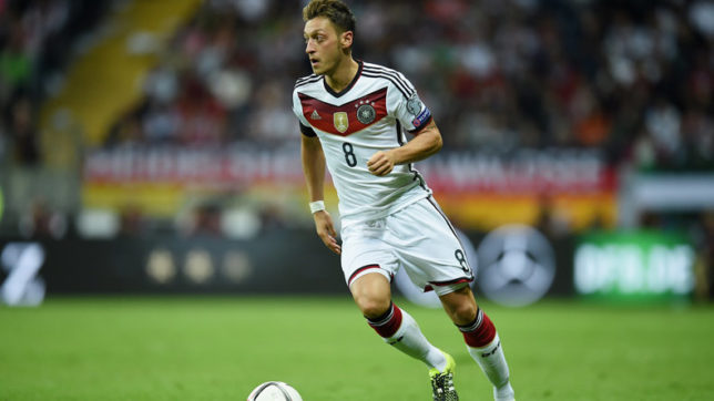 Football: Germany thrashes Norway 6-0 in World Cup qualifier