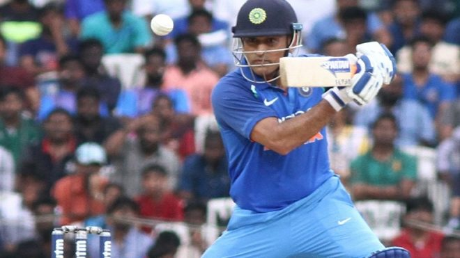 MS Dhoni's popularity is evident at Eden as crowd erupts on their hero's entry