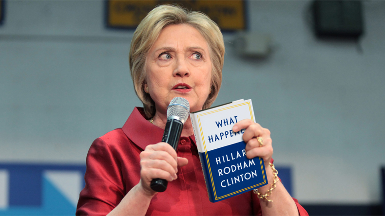 Amazon deletes over 900 online reviews of  Hillary Clinton's new book
