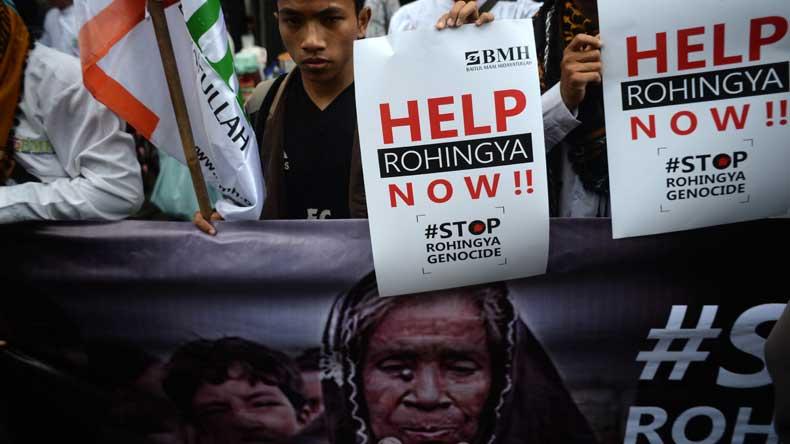 Rohingyas set ablaze hundreds of houses: Myanmar