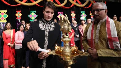 Dapper-Canadian-PM-Justin-Trudeau's-Diwali-greetings-in-'sherwani'-sends-Twitterati-into-frenzy