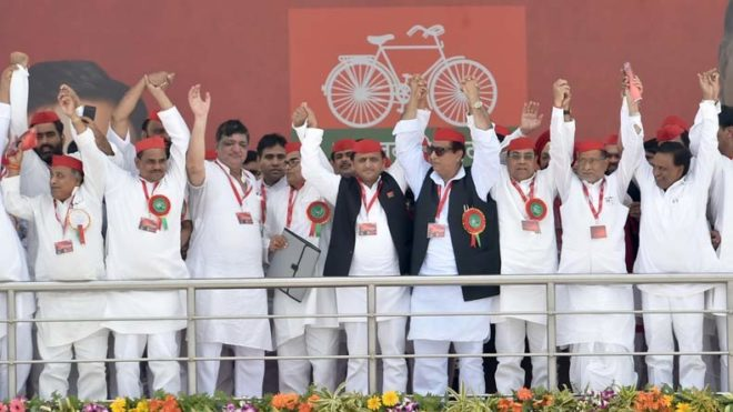 Agra: Akhilesh Yadav re-elected Samajwadi Party chief for 5 years at the national convention