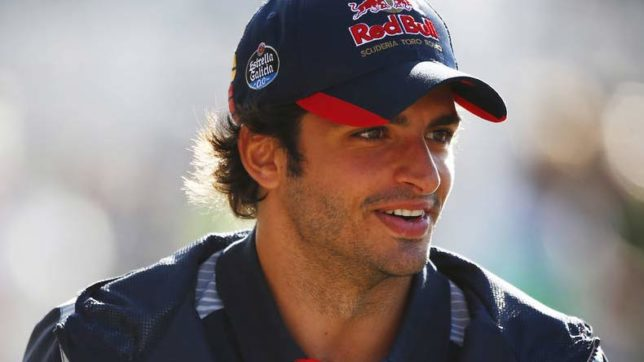 F1 driver Carlos Sainz tunes out talk of Red Bull move