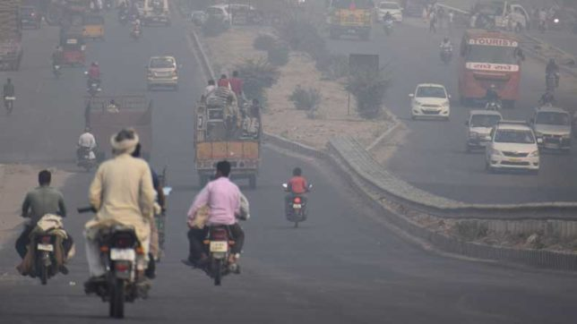 Odd-Even-Delhi-government-seeks-exemptions-for-women-drivers,-two-wheelers