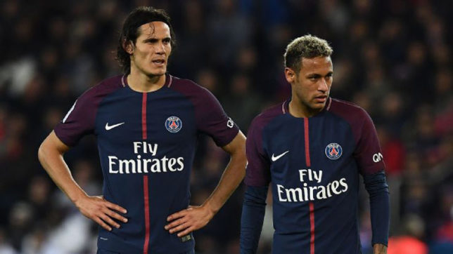 Edinson Cavani gives up penalty kicks for Neymar