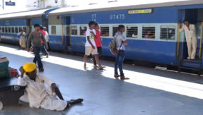 Indian Railways to use Artificial Intelligence for preventing signal failures