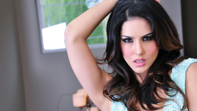 Even Sunny Leone's Event is a threat to Election bound Congress Government?