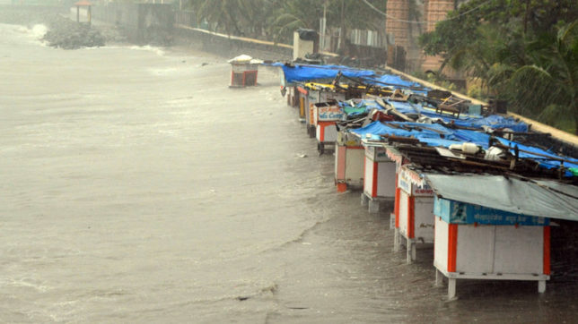 Cyclone Ockhi whips Mumbai: City records highest December rainfall in 142 years