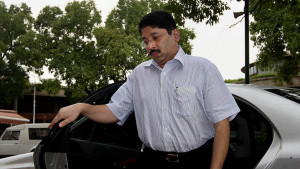 Supreme Court,SC,Madras HC,illegal telephone exchange case,Dayanidhi Maran