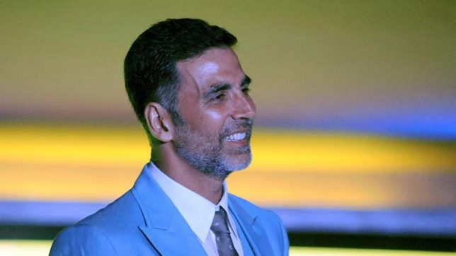 Akshay-Kumar-presented-the-first-poster-of-Taapsee-Pannu-starrer-Naam-Shabana