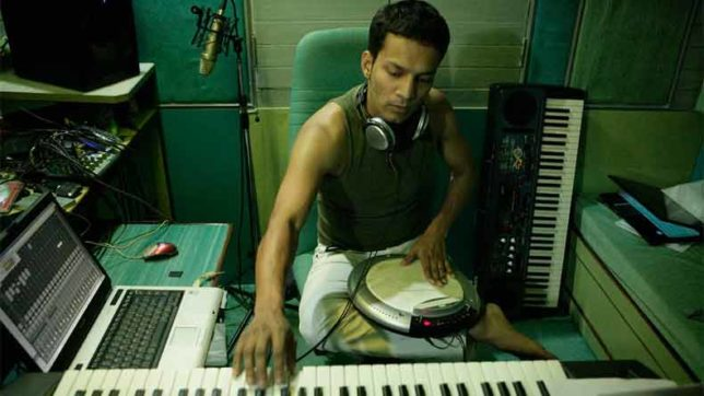 Don't want to compose for Bollywood only, says Abhishek Ray