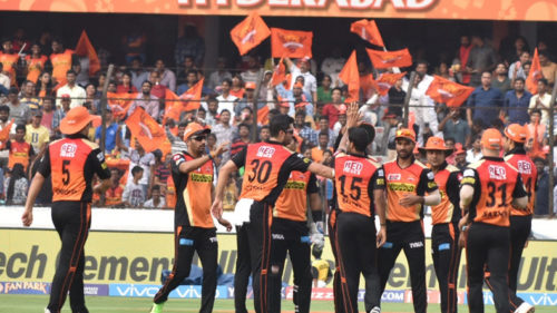 IPL 2017 — Sunrisers Hyderabad vs Gujarat Lions: Relive the best moments of the match with these pictures!