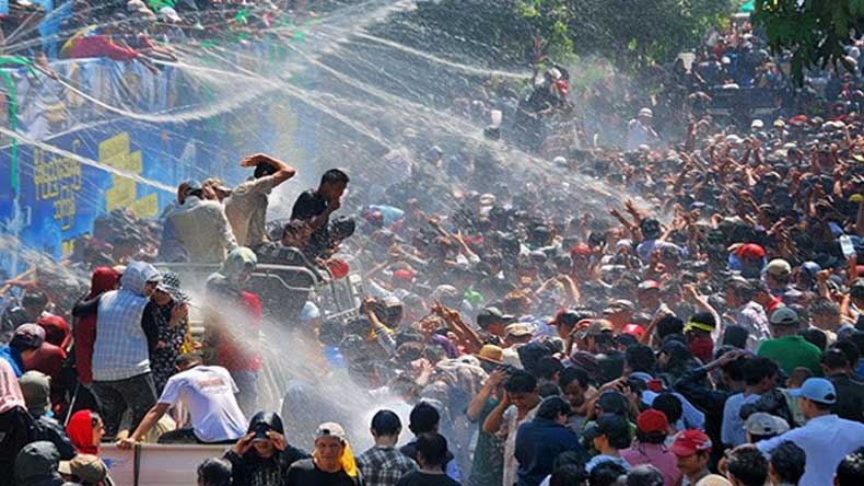 Republican Budget >> 285 killed, 1,073 injured during Myanmar's water festival - NewsX