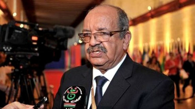 Algeria says committed to help Libya reaching peace