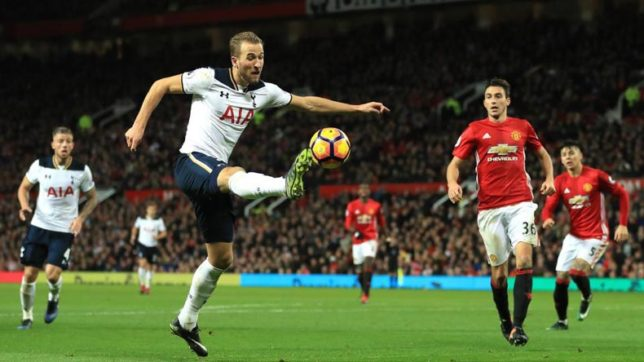 Tottenham bids farewell to White Hart lane with 2-1 victory over Manchester United
