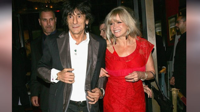 Rolling Stones rocker Ronnie Wood saw UFO on holiday