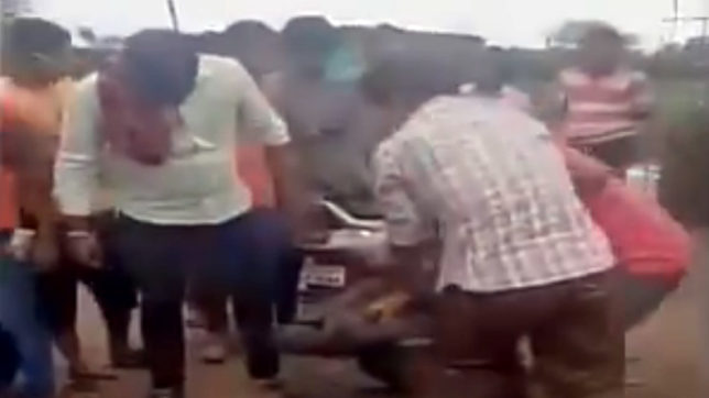Cow vigalantasim: Man beaten for allegedly carrying beef in Nagpur