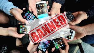 ban Mobile phones, Mobile phones, UP college bans mobile, smart phones, internet ban, e learning, education, Maharaja Harish Chandra PG College, Harish Chandra PG College, Harish Chandra PG College Moradabad, Vishesh Gupta, social media, social media ban, india news, UP news, National news, NewsX