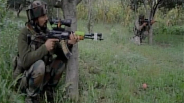 J&K: Terrorists attack District Police Lines in Pulwama; 1 policeman martyred