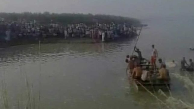 Boat carrying 60 capsizes in Yamuna river, Baghpat; 19 dead, 12 rescued