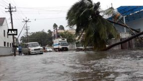 As Cyclone Ockhi looms over Tamil Nadu and Lakshadweep; here is what you can do to stay safe