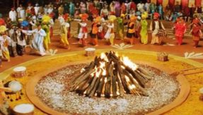 Happy Lohri messages and wishes in Bengali for 2018: WhatsApp messages, Lohri wishes and greetings, SMS, Facebook posts to wish everyone