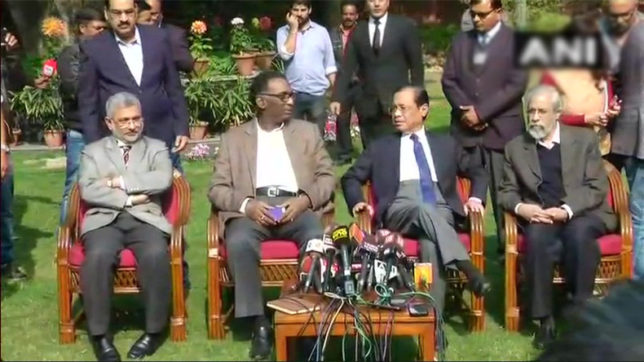Supreme Court crisis: After controversial press conference, Bar Council delegation meets Justice Chelameswar