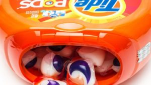 tide, pods, detergent, pop,USA, teenagers, trend, soap, dangerous, fad, health risks, twitter, kids, children, off beat, new trend